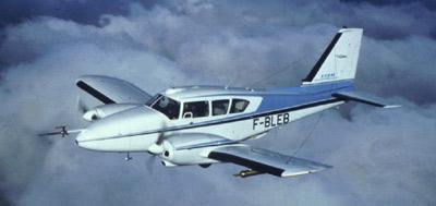 Avion Pipzer-Aztec de SAFIRE